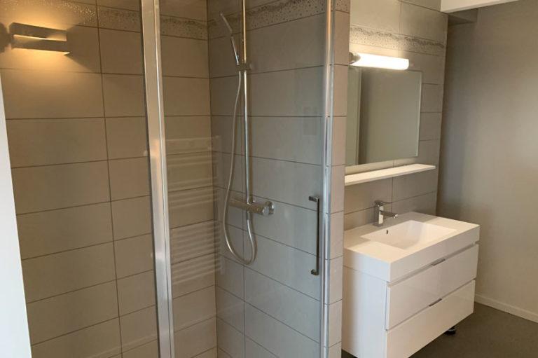 gite-maison-chauvet-chambre-angele-salle-de-bains